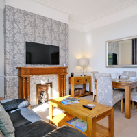 Broomhill Self Catering Apartment - Lounge