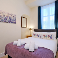 Broomhill Self Catering Apartment - Double Room