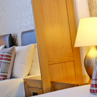 Broomhill Self Catering Apartment - Bedroom